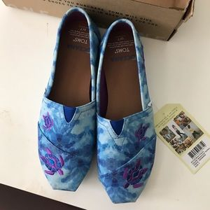 TOMS - Oceana Limited Edition - Blue Tie Dye